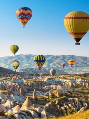 Kapadokya Balon Manzara Renkli Balonlar Duvar Kağıdı 450x250 cm